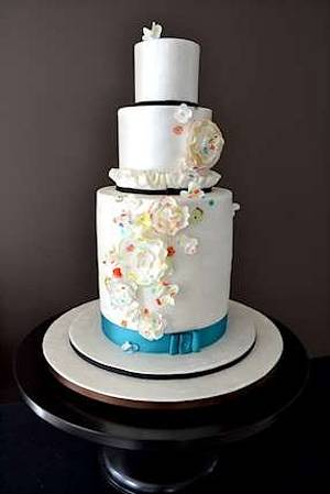 The Sugar Nursery's Fashion Show Cake - Cake by The Sugar Nursery - Cake Shop & Imaginarium