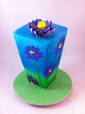 Brush Embroidery Vase - Cake by Lydia Evans