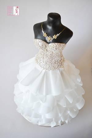 Couture Dress Cake - Cake by Jenny Kennedy Jenny's Haute Cakes