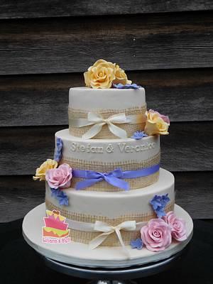 Wedding cake - Cake by Liliana Vega