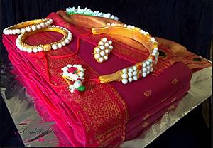 A Traditional saree and jewellery cake - Cake by Tanvi Sovani-Palshikar