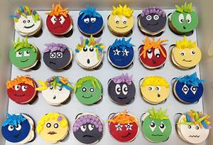 End of Year Funny Faces Cupcakes - Cake by MariaStubbs