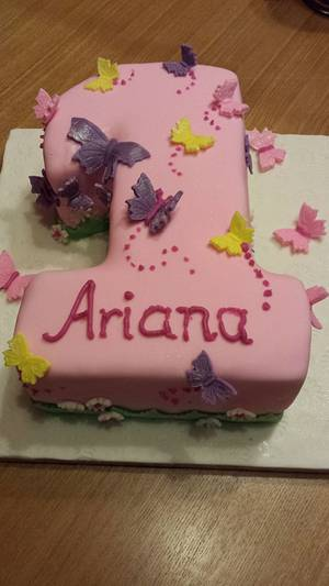 sparkling butterflies - Cake by sofeesmum