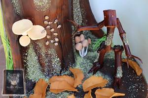 Bowtruckle (Fantastic Beasts of Birthday Mischief collaboration) - Cake by Hiromi Greer