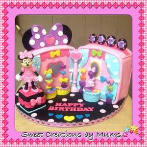 Minnie Mouse Bowtique - Cake by Jo-ann M. Tuazon