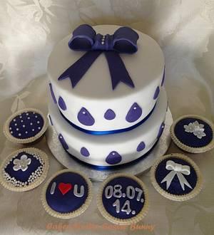 Wedding cake and capcakes - Cake by Irina Vakhromkina