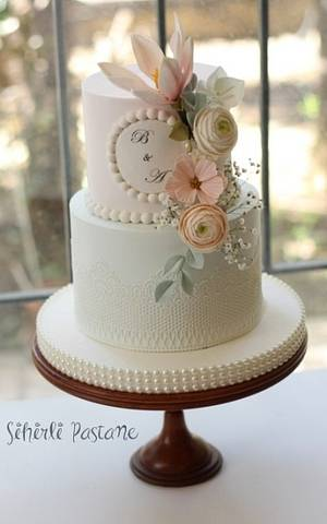 Wedding Cake with Pearls  - Cake by Sihirli Pastane