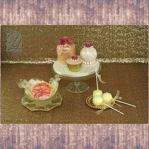 Miniature and Favour Cakes - Cake by UNIQUE CAKES, by Yevnig