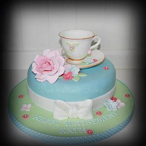 Vintage Tea Cup and Saucer Cake  - Cake by Dai's Iced Gems