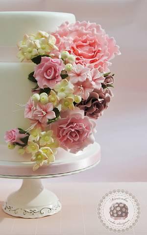 Spring flowers wedding cake  - Cake by Mericakes