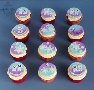 Frozen themed cupcakes - Cake by Aurelia's Cake