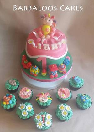 Upsy Daisy her I come ... - Cake by Babbaloos Cakes