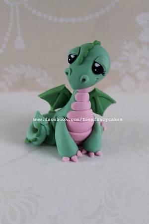 little dragon cake topper - Cake by Zoe's Fancy Cakes