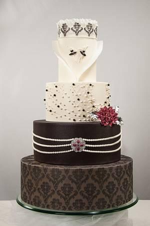 Haute - Cake by Leyda Vakarelov