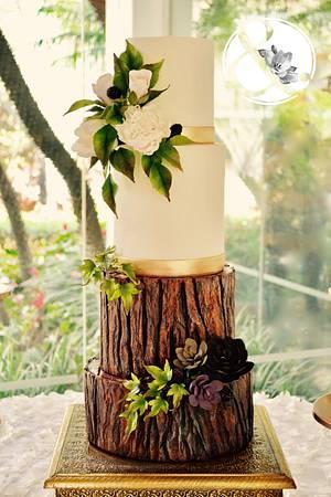 Bride in woodland - Cake by José Pablo Vega
