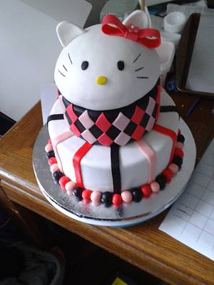 Hello Kitty - Cake by m1bame