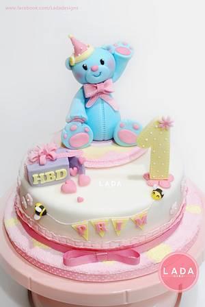 Birthday cake - Cake by Ladadesigns