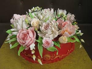 arrangement with sugar flowers - Cake by Martina Bikovska