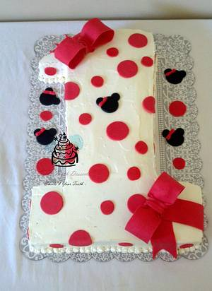 Minnie Mouse Number 1 Birthday Cake - Cake by Carsedra Glass