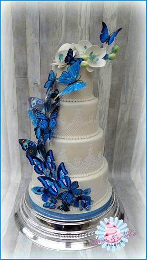 Butterfly Weddingcake - Cake by Sam & Nel's Taarten
