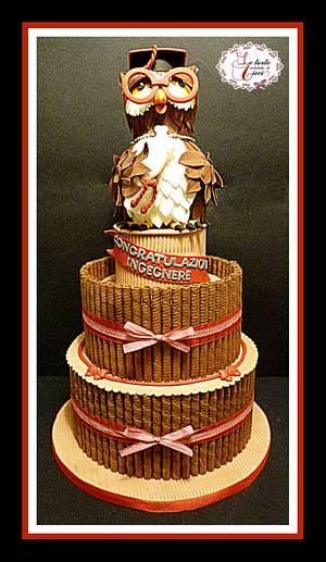 """Owl graduation cake - Cake by """"Le torte artistiche di Cicci"""""""