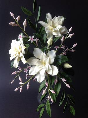 Gardenia Arrangement - Cake by Butterfly Cakes and Bakes