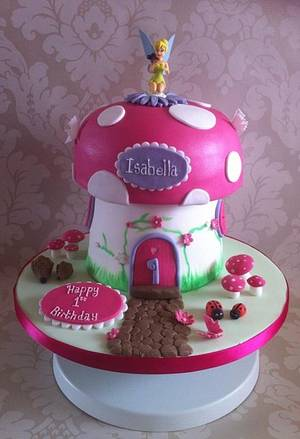Cute Tinkerbell Toadstool House. - Cake by Carrie