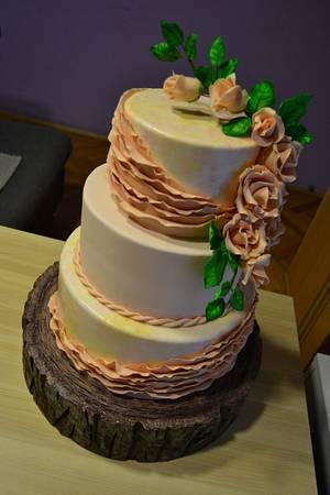 Ruffle wedding cake - Cake by Zaklina