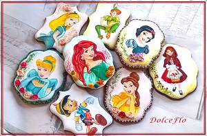 """""""Childhood Memories"""" - Cake by DolceFlo"""