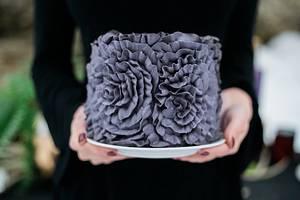 Ruffle it up - Cake by Christine