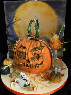Halloween Pumpkins in the Park - Cake by Fifi's Cakes