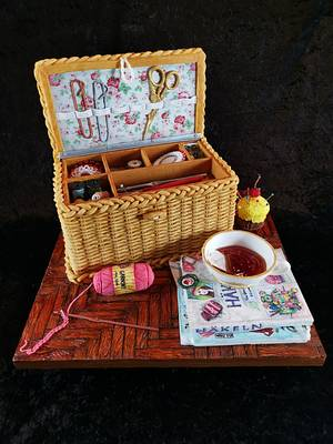 Sewing box  - Cake by Topping Queen by Diana Adler