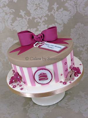Girly 40th - Cake by suzanne