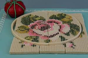 Needlepoint (Showpiece) - Cake by Prima Cakes and Cookies - Jennifer