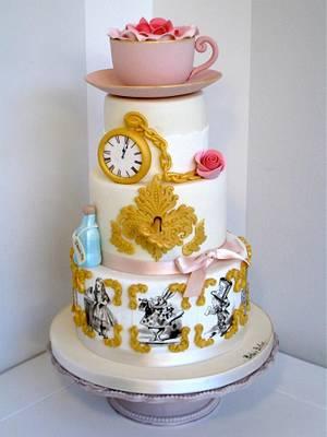 Alice in wonderland - Cake by Bella's Bakery