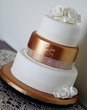 Golden Wedding Cake - Cake by CupcakeCity
