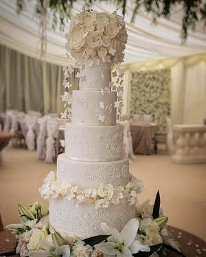 White and gold lace cake with floating hydrangea blossoms  - Cake by Samantha Tempest