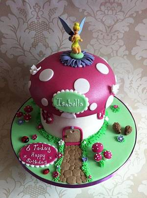 Tinkerbell Toadstool - Cake by Carrie