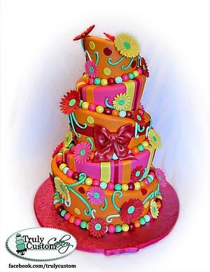 Daisy Topsy Turvy Cake - Cake by TrulyCustom