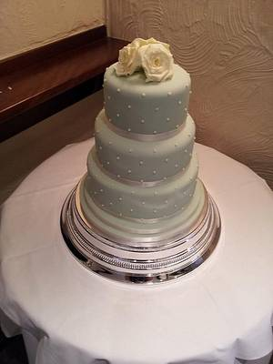 Sage green, piped pearls and ivory rose cluster  - Cake by Carrie