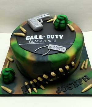 Call Of Duty - Cake by Sarah Poole