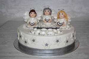 Angelchoir - Cake by Roos Simbula