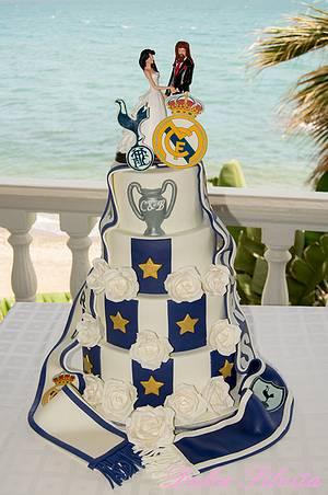 Wedding cake for soccer fans - Cake by Dulce Silvita