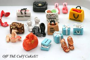 Shoe and handbag cupcake toppers - Cake by OfF ThE CuFf CaKeS!!