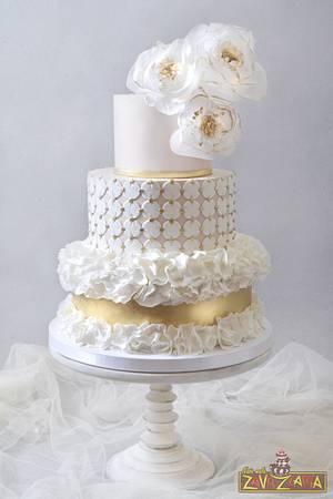 Modern Ruffle Wedding Cake - Cake by Nasa Mala Zavrzlama