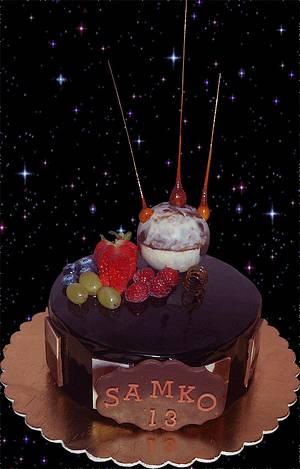 birthday cake - UFO? - Cake by LiViera