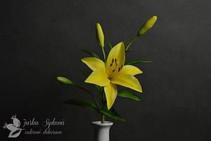 Longiflorum Lily - Cake by JarkaSipkova