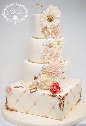 Vintage wedding cake - Cake by Cofetaria Dana