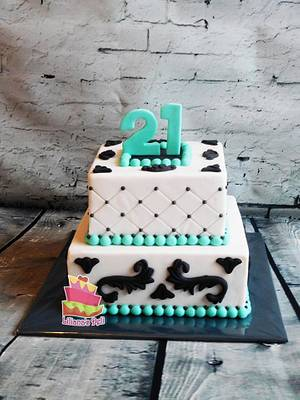 Damask cake - Cake by Liliana Vega