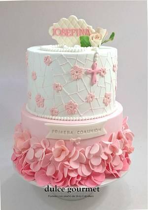 Communion cake for Josefina - Cake by Silvia Caballero
